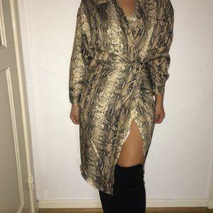 Snakeskin Print Wrap Shirt Dress (L)